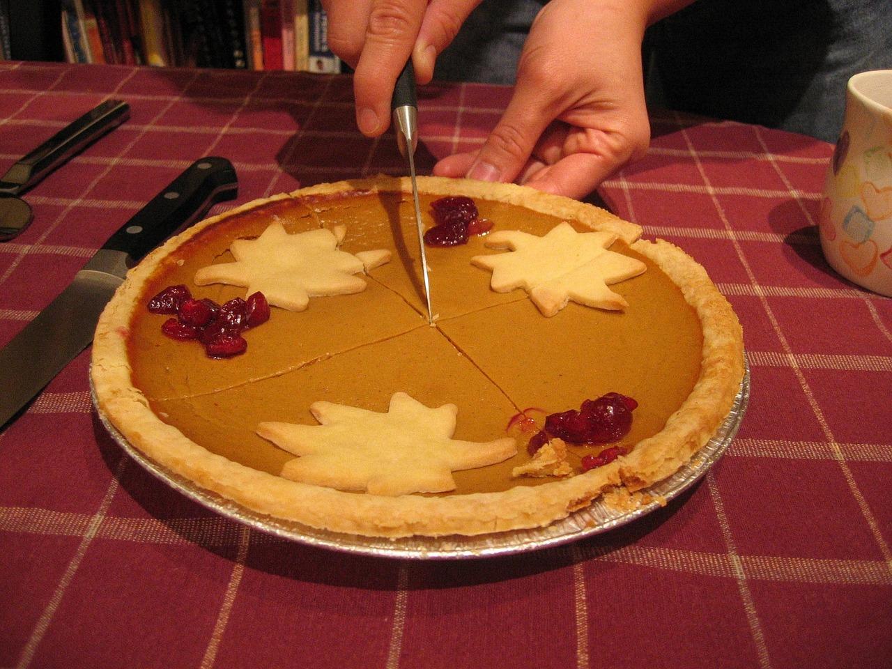 The Halloween-Thanksgiving Pumpkin Cream Ginger Snap Pie