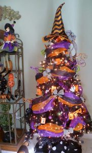 HallowChristmas Tree